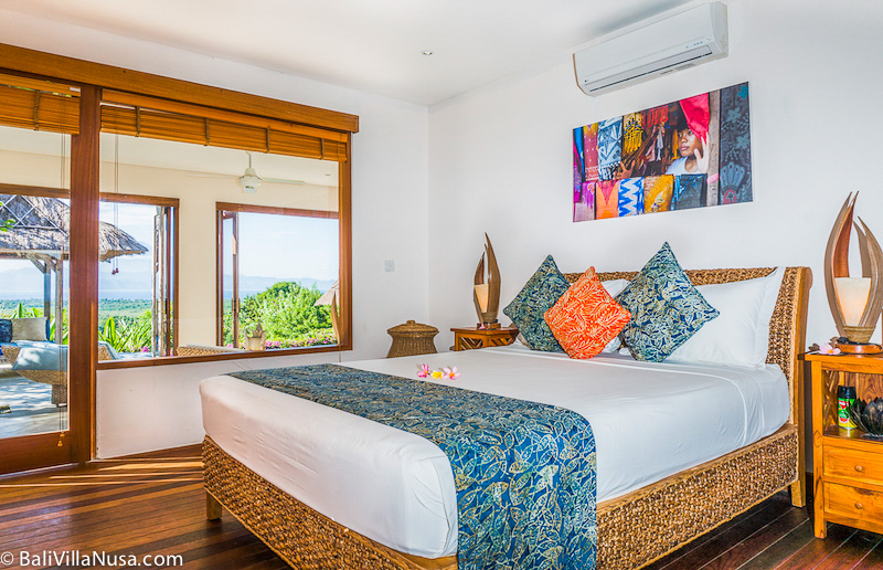 Villa-Nusa-Master-Bedroom